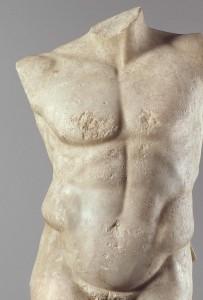 Torso eines nackten Athleten, des sogenannten Diadumenos («der sich eine Siegerbinde um den Kopf legt»), Marmor, römisches Werk nach einer Bronzestatue des griechischen Bildhauers Polyklet aus der Zeit um 420 v. Chr.