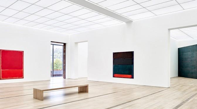 Black Sun – Installationsansicht mit Werken von Mark Rothko und Richard Serra