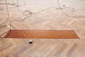 Sam Lewitt, Installationsansicht More Heat Than Light, Blick auf A Weak Local Lexicon (MHTL), 2016, Kunsthalle Basel, 2016. Foto: Philipp Hänger. Courtesy Sam Lewitt und Pilar Corrias Gallery, London