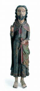Früher in das 14. Jahrhundert datiert, heute in das 12. Jahrhundert: Segnender Christus aus dem Beinhaus in Steinen.